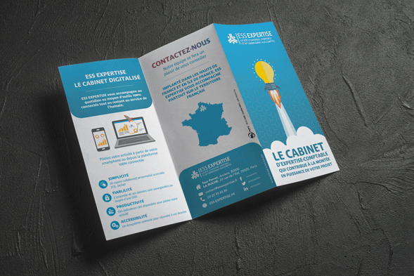Communication Digitale - tri-fold